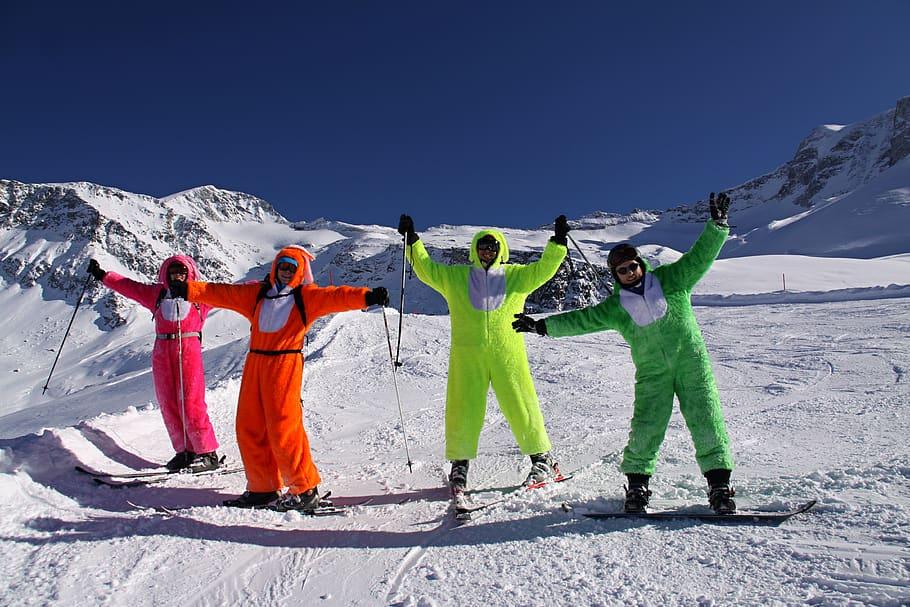 mountain skiing outfits skiutstyr fjell ski skiklær